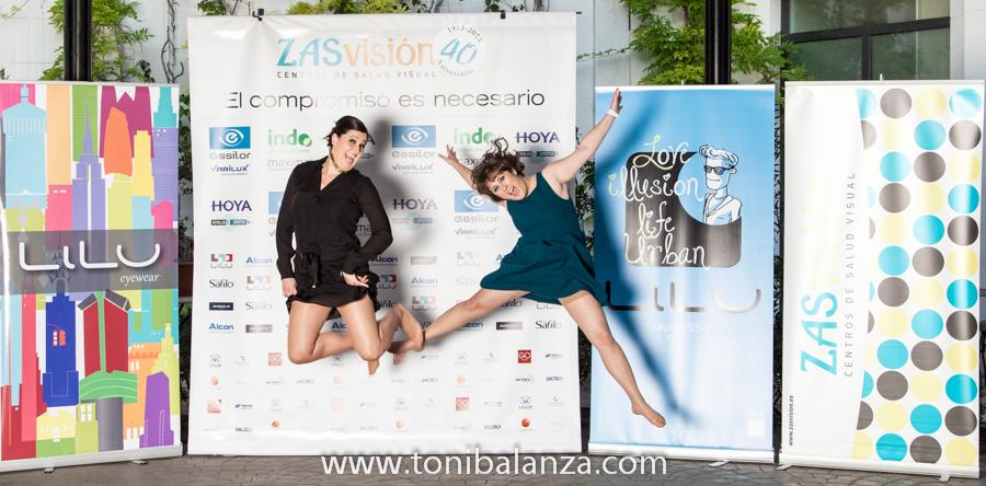 Photocall fotocol Cuarenta 40 aniversario de Zas visión Cooptival - Hotel The Westin Valencia. OPTICA BENIMAMET y Toni Balanzà, premiados y fotógrafo oficial de las jornadas.