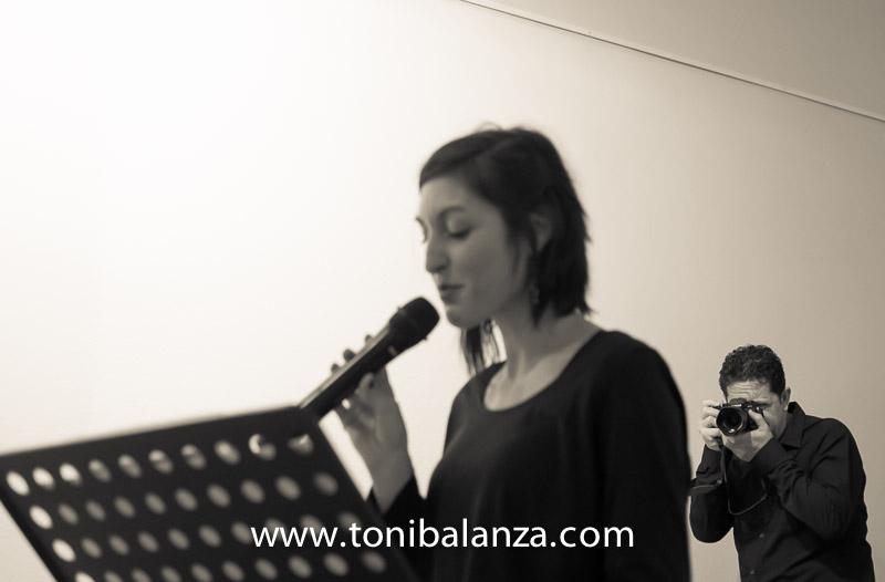 toni balanza fotografia recital poesia en Bocairent