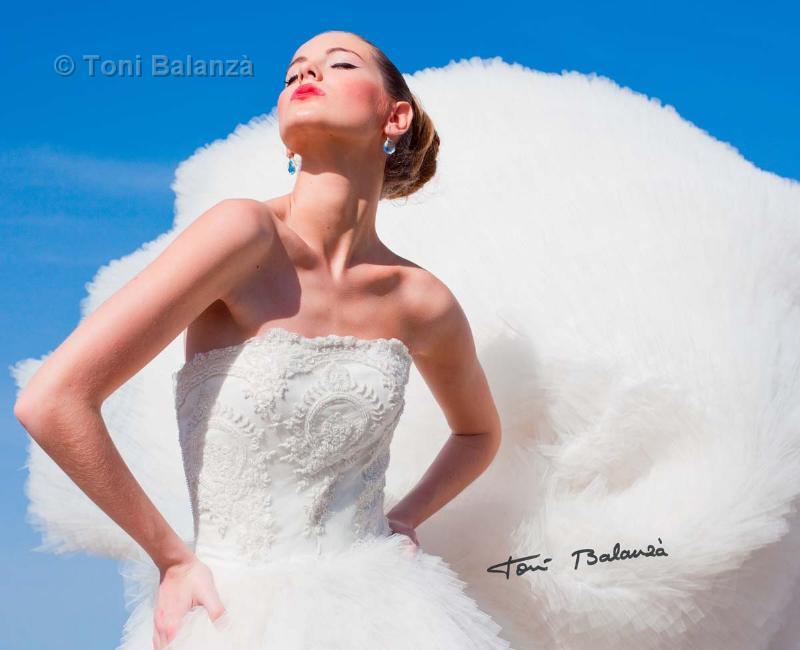 Novia en fotografía artística de boda