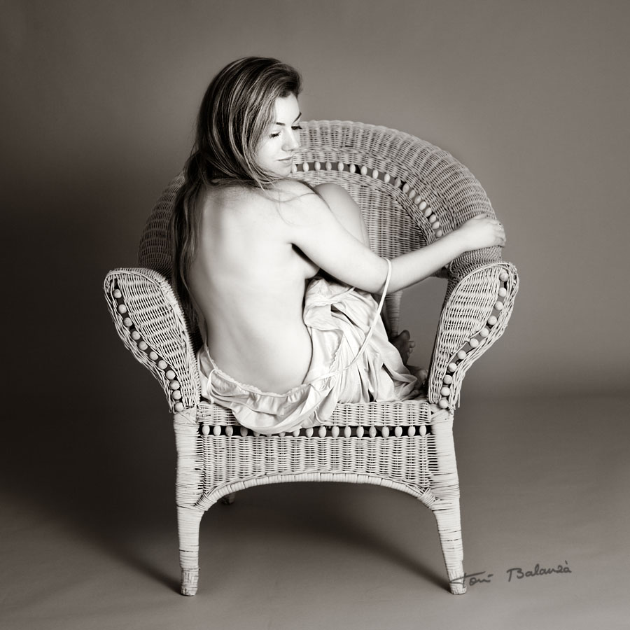 Yuna 0360 nude art in black and white