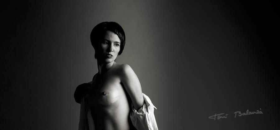 Nany mujer mastectomizada por el cáncer de mama