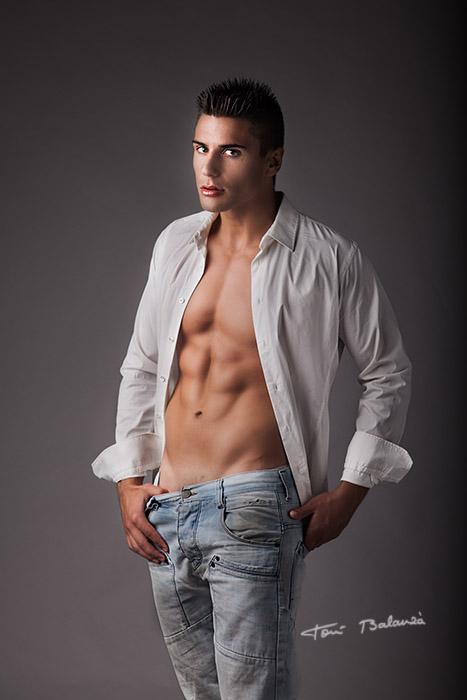Modelo y streeper José León 0096