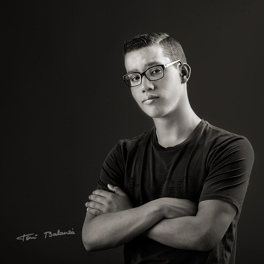 jags-retrato con gafas