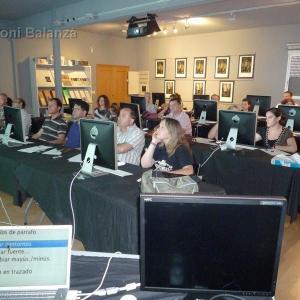 Curso InDesign en Alzira con AFPV - Curso celebrado en las instalaciones de FotoStyl el 6 de julio de 2009
