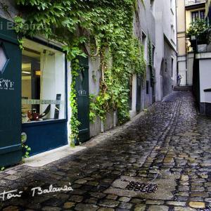 Calle de Lucerna en Suiza - Paseando junto al rio en Lucerna (Suiza), aparece esta calle.