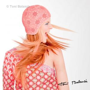 Blanza Ibáñez - Producción: Victor Cucart Foto: Toni Balanzà Modelo: Blanca Ibáñez Diseñador de moda: José Zambrano Maquillaje - Peluquería: Anny Armero Estilismo: Lucía Peiró
