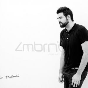 Presentación Jose Zambrano - Retrato al diseñador valenciano Jose Zambrano por Toni Balanzà
