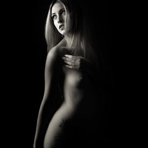 Sally_0008 - La modelo Sally López fotografiada por Toni Balanzà