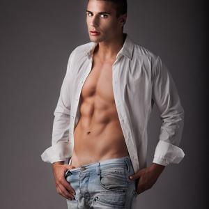 Modelo y streeper José León 0096 -