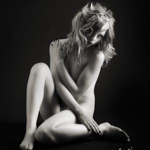claudia nude art in black and white - Una sesión estupenda, para un book de modelo de fotografía de desnudo. De esta sesión fotográfica tengo grandes recuerdos, ya que los resultados obtenidos son especialmente buenos.