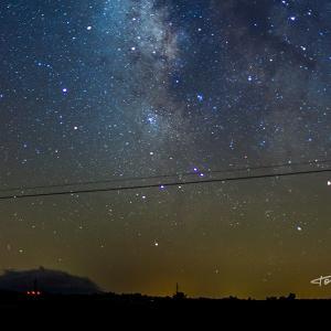 Landete Cuenca cielo estrellado Vía Lactea - Fotografía del cielo estrellado en Landete - Cuenca. Toma de 30 Segundos en la que se aprecia la Vía Láctea. Fotografía de Toni Balanzà.