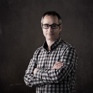 jero-gonzalez-fotopro-valencia - Jero de FOTOPRO Valencia, en la promoción un retrato realizado por Toni Balanzà, al comprar unas gafas graduadas en OPTICA BENIMAMET